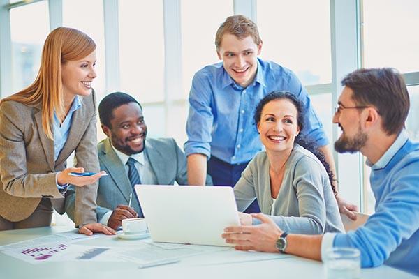 Leader-think-tank-employee-engagement
