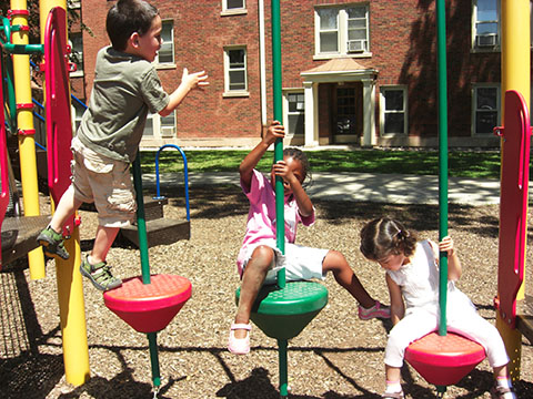kids-Playing-web